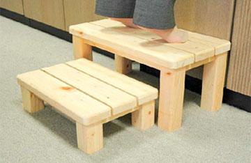 木製便利台「何でものる子ゾウ」(国産檜間伐材100%使用) 池川木材 ...
